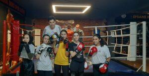 kadın boks derslerimiz % 50 indirimli olarak devam etmektedir